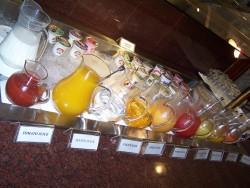 Jogurty a napoje pri snidani