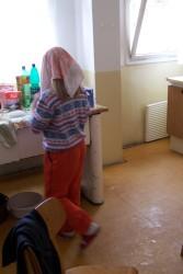 Adelka v kuchyni